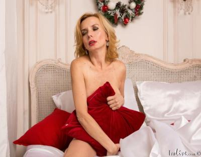 Silvia_Marlow, 48 – Live Adult cam-girls and Sex Chat on Livex-cams