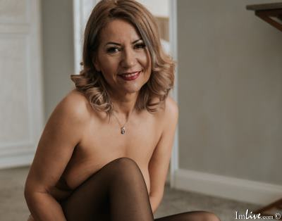 FloranceHarper1, 45 – Live Adult cam-girls and Sex Chat on Livex-cams