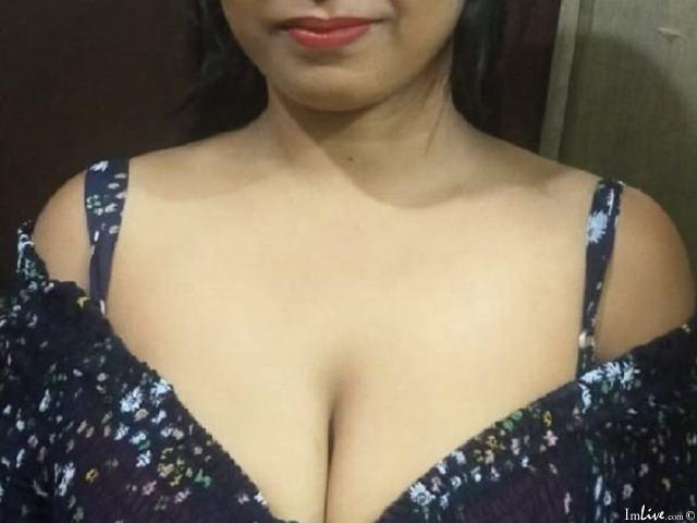 Desi_Indian_Trisha at ImLive