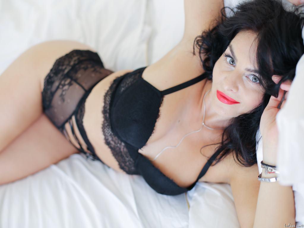 LovelyBellaa's Profile Image
