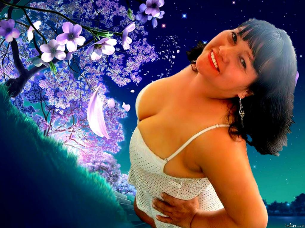 CurvyHornyy's Profile Image