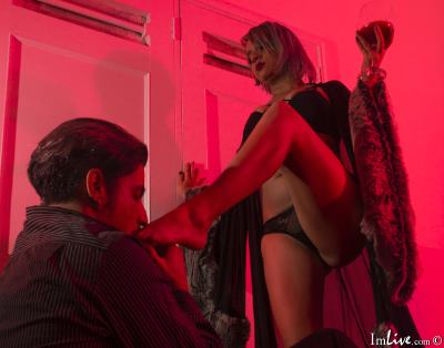 KathXAstton1, 35 – Live Adult couple and Sex Chat on Livex-cams