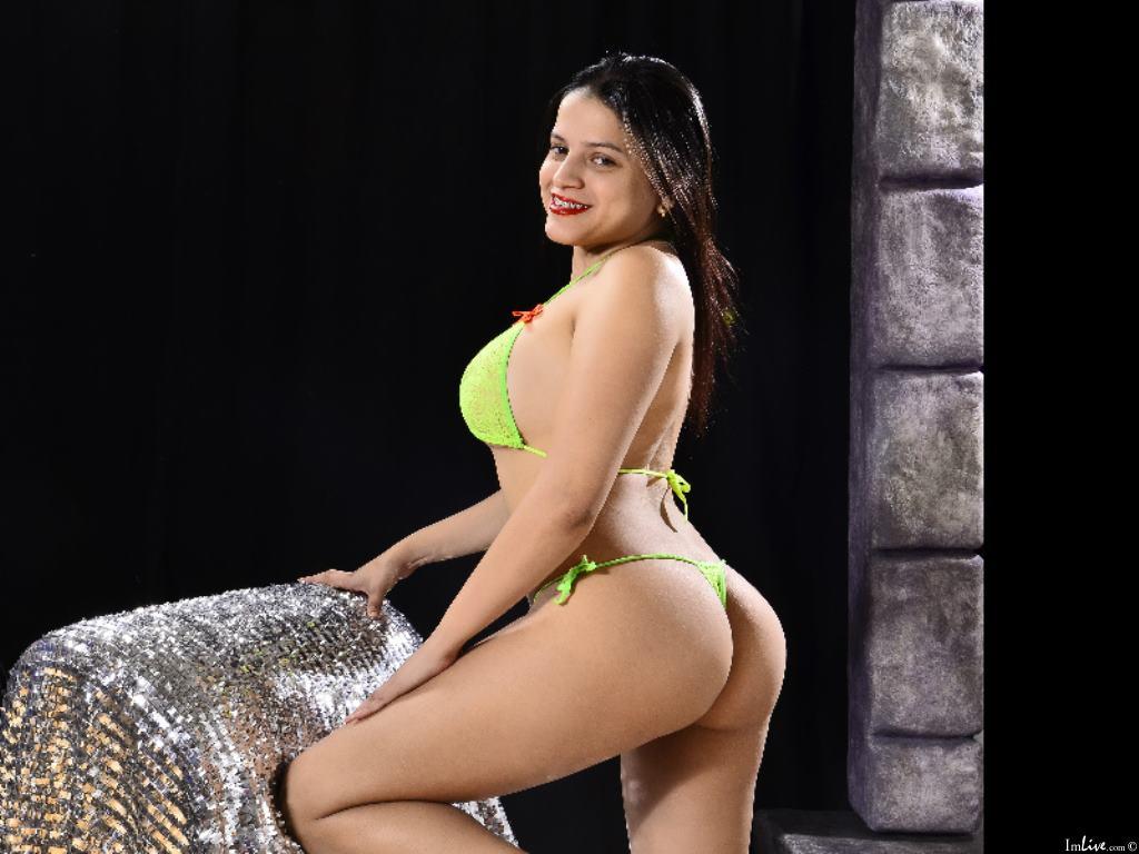 LauraHoo's Profile Image