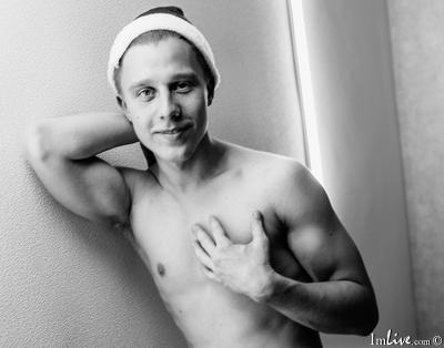 JohanAnderssonn, 23 – Live Adult gay and Sex Chat on Livex-cams